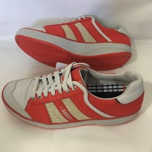 MBT Kito Blucher Red Canvas Rocker Sole Walking Running Sneakers Women's Size 39